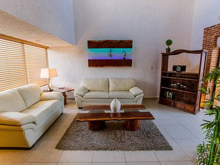 Luxury Residence!! Hotel Zone- beach access - Cancun vacation rentals