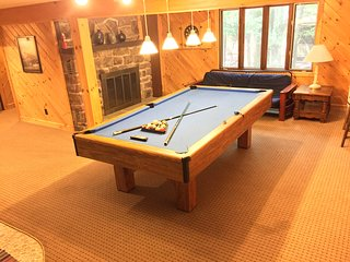 Beautiful Remodeled Home with a View, Pool Table, Hot Tub, Game Room. Huge Deck! - Lake Harmony vacation rentals