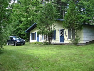 3 bedroom House with Internet Access in Jay - Jay vacation rentals