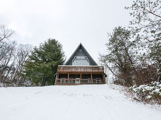 Fallswood Lodge   Hocking Hills - Logan vacation rentals