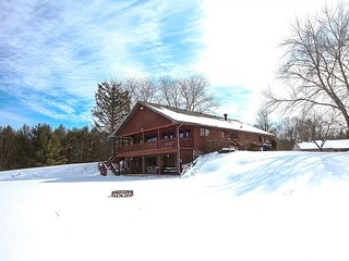 Grande Butte Lodge | Hocking Hills - Laurelville vacation rentals