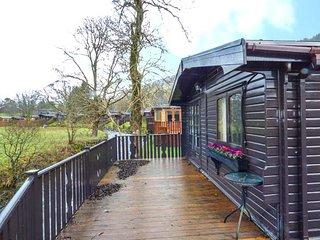TICKLE TROUT LODGE detached lodge on holiday park, open plan, en-suite, WiFi, Troutbeck, Ref 947513 - Troutbeck Bridge vacation rentals