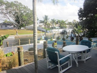 Beautiful House with Deck and Television - Bradenton vacation rentals