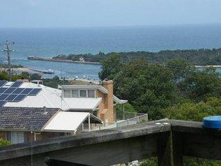 58 Hazel Rd - Kalimna vacation rentals