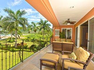 Luxurious Penthouse Bay Residence 10D. ~ RA73991 - Herradura vacation rentals