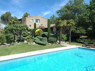 7 bedroom Villa with Internet Access in Bonnieux en Provence - Bonnieux en Provence vacation rentals