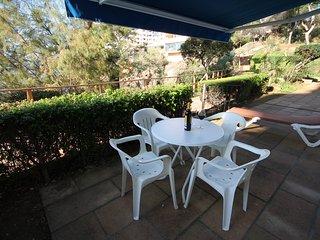 SANTA PONSA FRONT LINE GARDEN APARTMENT WITH SWIMMING POOL AND SEA VIEWS - Santa Ponsa vacation rentals