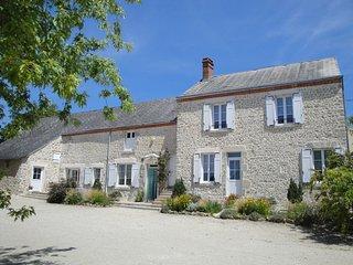 Ferme de la Poterie - Orléans - Ch Rose - Donnery vacation rentals
