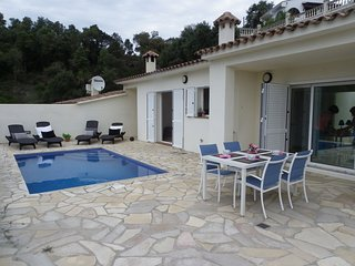 TERRACED HOUSE WITH PRIVATE POOL AND GREAT VIEWS ref MOLI-12 - Tossa de Mar vacation rentals