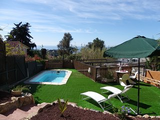 FANTASTIC ATTACHED HOUSE WITH GARDEN AND SWIMMING POOL ref PI - Lloret de Mar vacation rentals