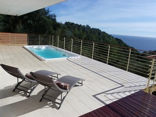 LUXURY VILLA WITH GIANT OUTDOOR JACUZZI AND STUNNING VIEWS ref REMY - Tossa de Mar vacation rentals