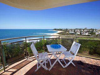 Queen of Colonies Unit 3 /2A Mcilwraith Street Moffat Beach QLD - Kings Beach vacation rentals