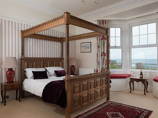 Luxury Self-Catering with stunning sea views - The Bay View Apartment - Whitley Bay vacation rentals