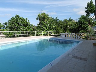 Wonderful 1 bedroom Ironshore Guest house with Internet Access - Ironshore vacation rentals