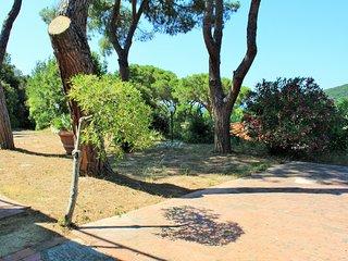 bilocale in villetta/chalet - Procchio vacation rentals