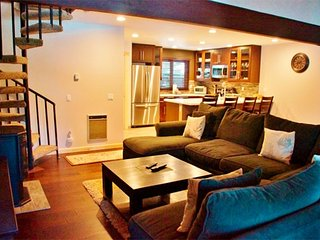 Spacious Newly and Completely Remodeled Three Story Condo in Mammoth Pines - Mammoth Lakes vacation rentals