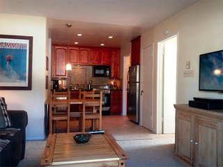Cozy Condo with Wi-Fi - Listing #296 - Mammoth Lakes vacation rentals