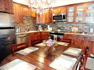 Luxurious, Modern Upgrades - Listing #301 - Mammoth Lakes vacation rentals