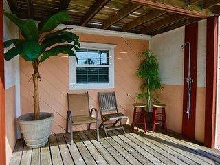 Thomas Dr Townhouse #1 - Thomas Drive vacation rentals