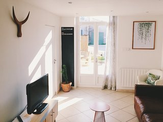 Nice Salon-de-Provence vacation Townhouse with Parking Space - Salon-de-Provence vacation rentals