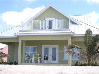 Affordable Luxury 3 Bed/3 Bath Vacation Beachfront Home (#4 Green) - Rum Point vacation rentals