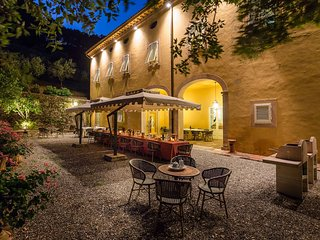 Large Luxury Villa in Tuscany Near Lucca with Chef Service - Villa di Vorno - Capannori vacation rentals
