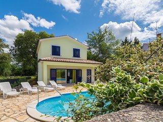 3 bedroom Villa with Mountain Views in Krsan - Krsan vacation rentals