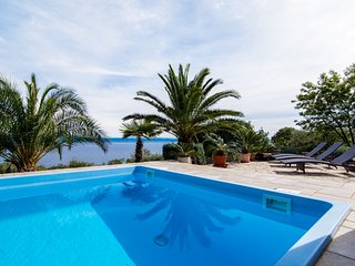 Charming Villa with Water Views and Wireless Internet - Ravni vacation rentals