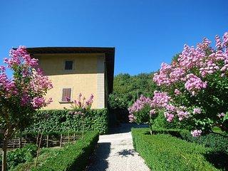 Comfortable 6 bedroom Villa in Polcanto - Polcanto vacation rentals
