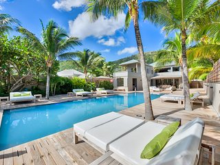 Perfect Anse Des Cayes Villa rental with Shared Outdoor Pool - Anse Des Cayes vacation rentals
