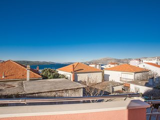 TH01808 Apartments Villa Dolac / Two bedrooms A1 - Okrug Gornji vacation rentals
