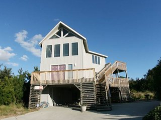 Spacious 5 bedroom Duck House with Deck - Duck vacation rentals