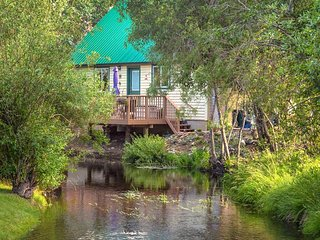 Dog-friendly mountain escape with deck and quiet, relaxing location - Gunnison vacation rentals