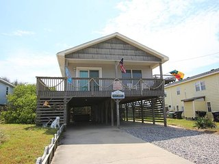 Cozy 3 bedroom House in Kitty Hawk with Deck - Kitty Hawk vacation rentals