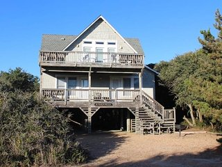 Beautiful House with Deck and Internet Access - Duck vacation rentals