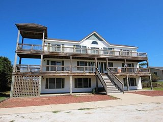 Beautiful 7 bedroom House in Southern Shores - Southern Shores vacation rentals