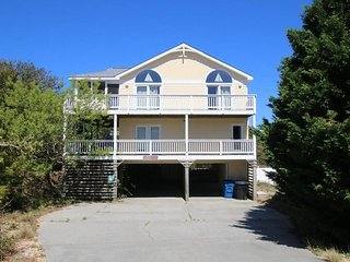 Nice House with Deck and Internet Access - Duck vacation rentals