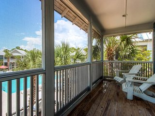 Pool-side cottage w/ gulf view & shared hot tub - close to the beach! - Port Saint Joe vacation rentals
