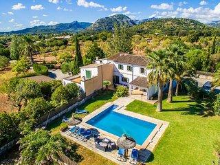 6 bedroom Villa in Pollenca, Mallorca, Mallorca : ref 2105887 - Pollenca vacation rentals