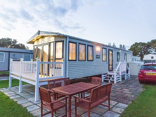Ref 80037 Conifer Court at Haven Hopton Holiday park absolutely stunning. - Hopton on Sea vacation rentals