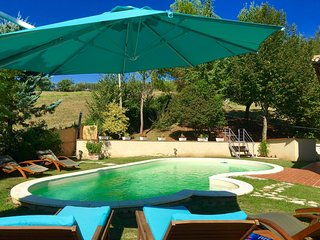 Spoleto Pool Luxury - sleeps 6 to 8 - Ocenelli vacation rentals