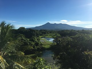 WHITE ISLAND - Tropical and Elegant experience - isletas Granada - Nicaragua - Isletas de Granada vacation rentals