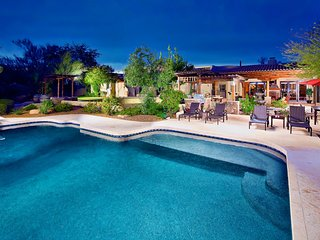Entertaiment Galore! Bocce Court, Huge Pool, Putting Green, Hot Tub, Pool Table! - Scottsdale vacation rentals