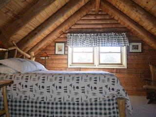 Panoramic Mountain Views 3-Room Suite in small B&B - Jonas Ridge vacation rentals