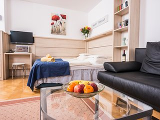Garden apartment ApH03 - Vienna vacation rentals