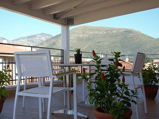 Cozy 2 bedroom Fondi Condo with Internet Access - Fondi vacation rentals
