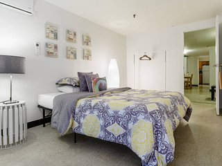 Classic Two Bedroom 6 persons Manhattan ! - New York City vacation rentals
