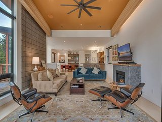Homewood Lake View 4BR with Sleek Mid-Century Modern Design & Hot Tub!! - Tahoma vacation rentals