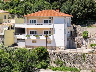 Nice Condo with Television and Satellite Or Cable TV - Vrbnik vacation rentals