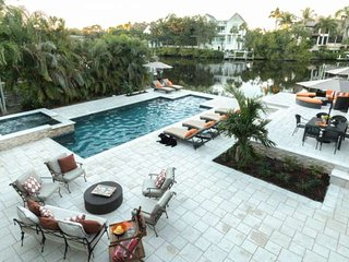 Professionally Decorated 4-5BR/4BA Home w/htd.pool,spa, & dock- less than 2 - Bonita Springs vacation rentals